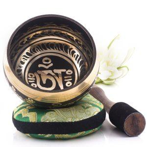 Silent Mind Tibetan Singing Bowl Set Om Mani Padme Hum Mallet Silk Cushion Review