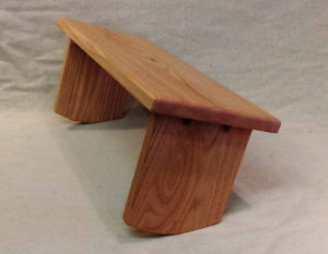 Multiple-Angle Meditation Bench by EarthBench Review